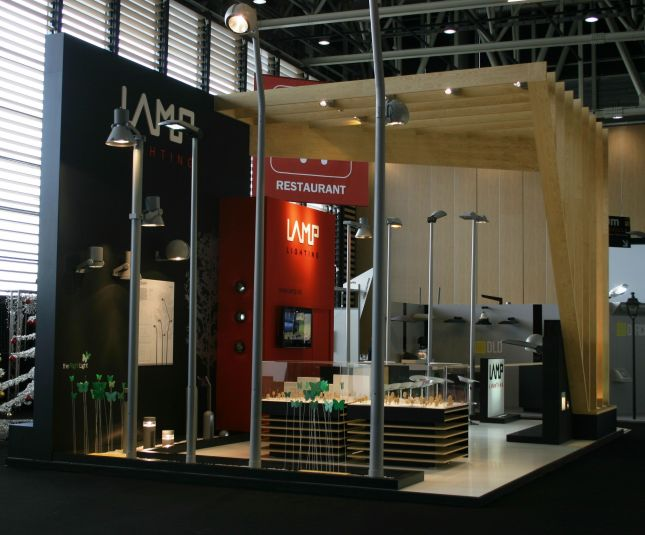Simple Exhibition Stand Years : Stand de la lampe lumiville