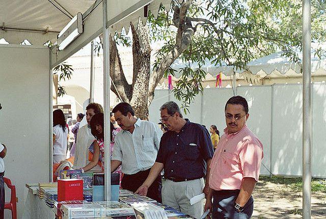 Expo proveedores de restaurantes y hoteles morelos 2011 for Essen proveedores