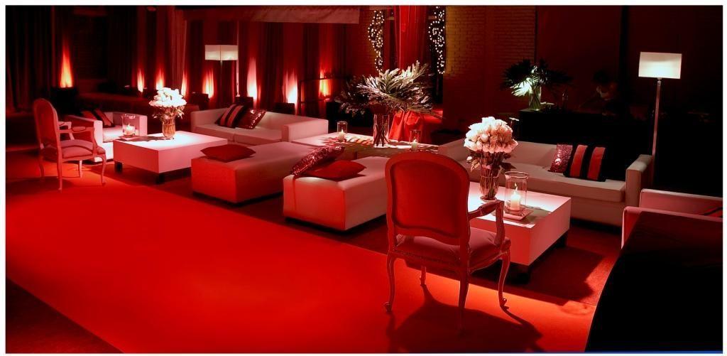 MANIFESTA - Alquiler de muebles para eventos