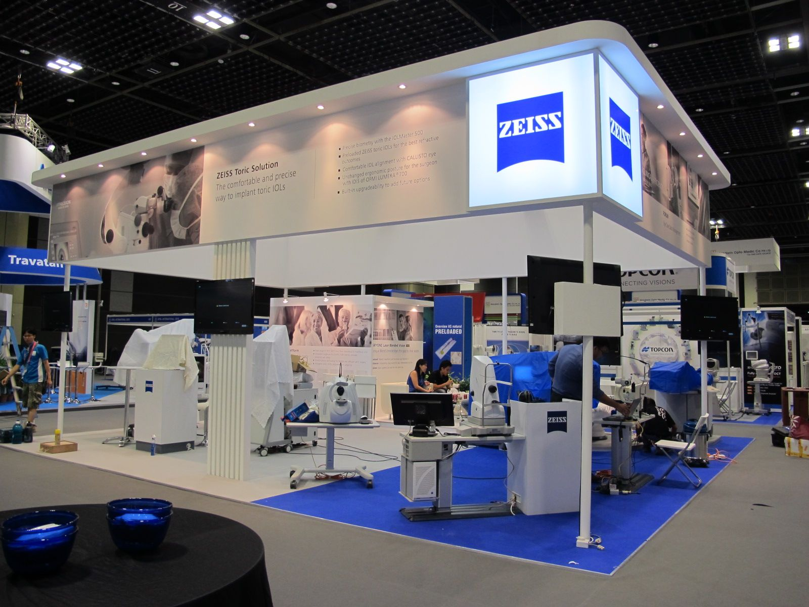 Exhibition Booth Design Singapore : Pentone concept
