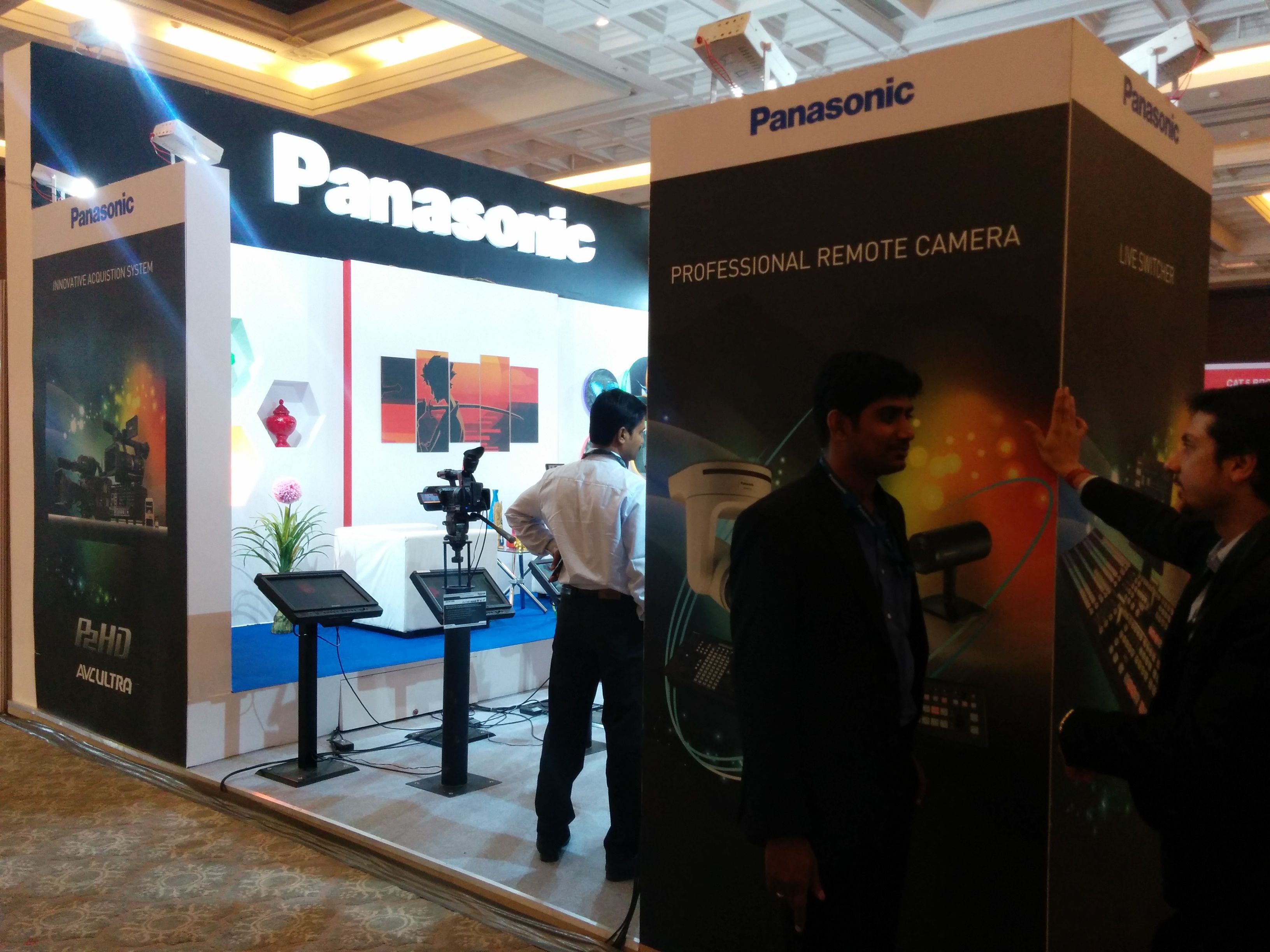 Exhibition stand designing fabrication panasonic vti for Fabricant de stand