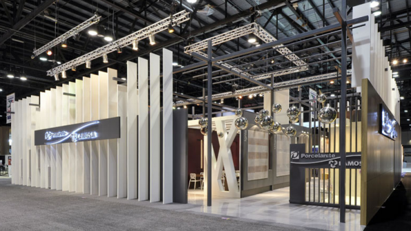Exhibition stands in monterrey for Local arquitectura