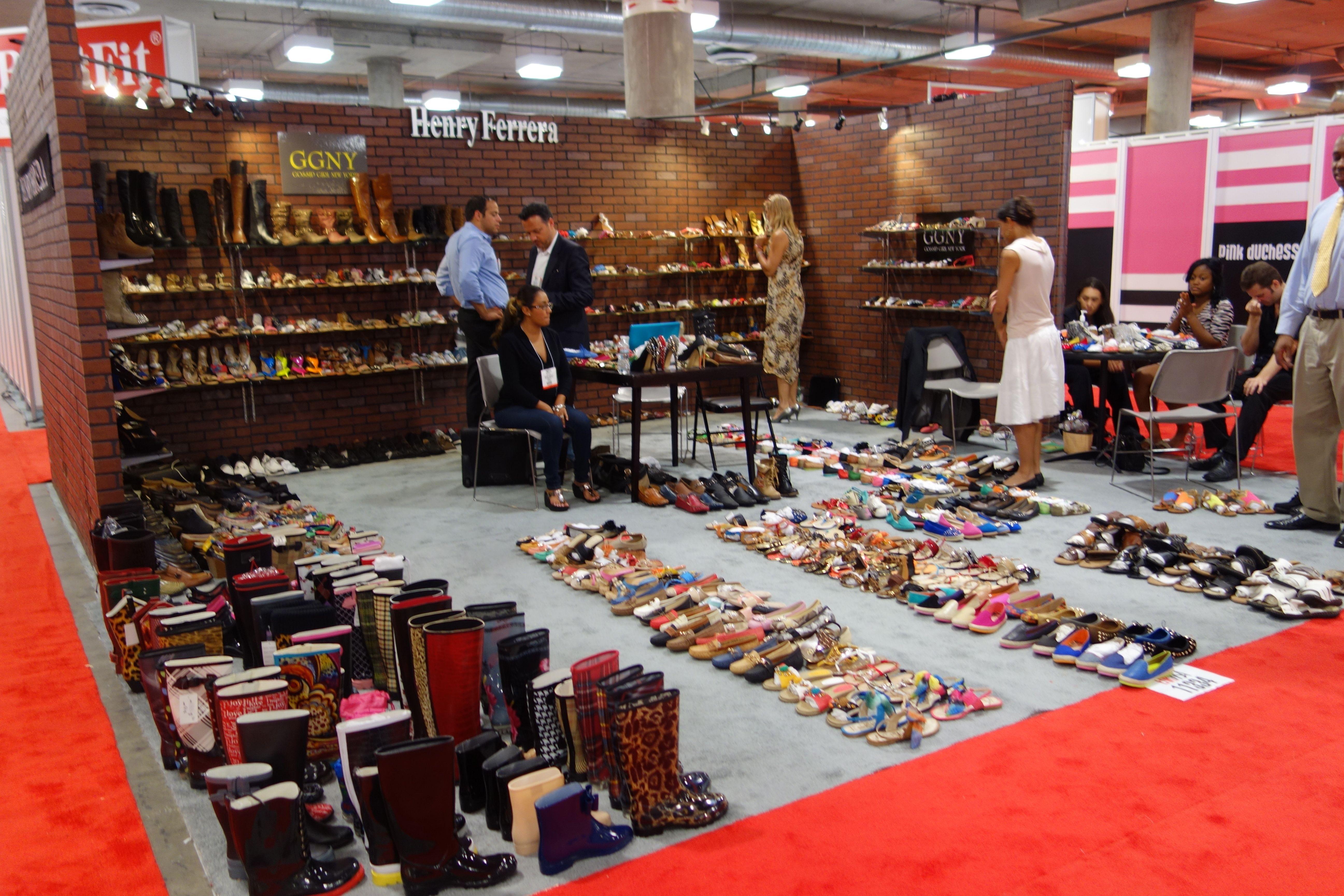 Las vegas shoe show style guru fashion glitz glamour for Pool trade show magic