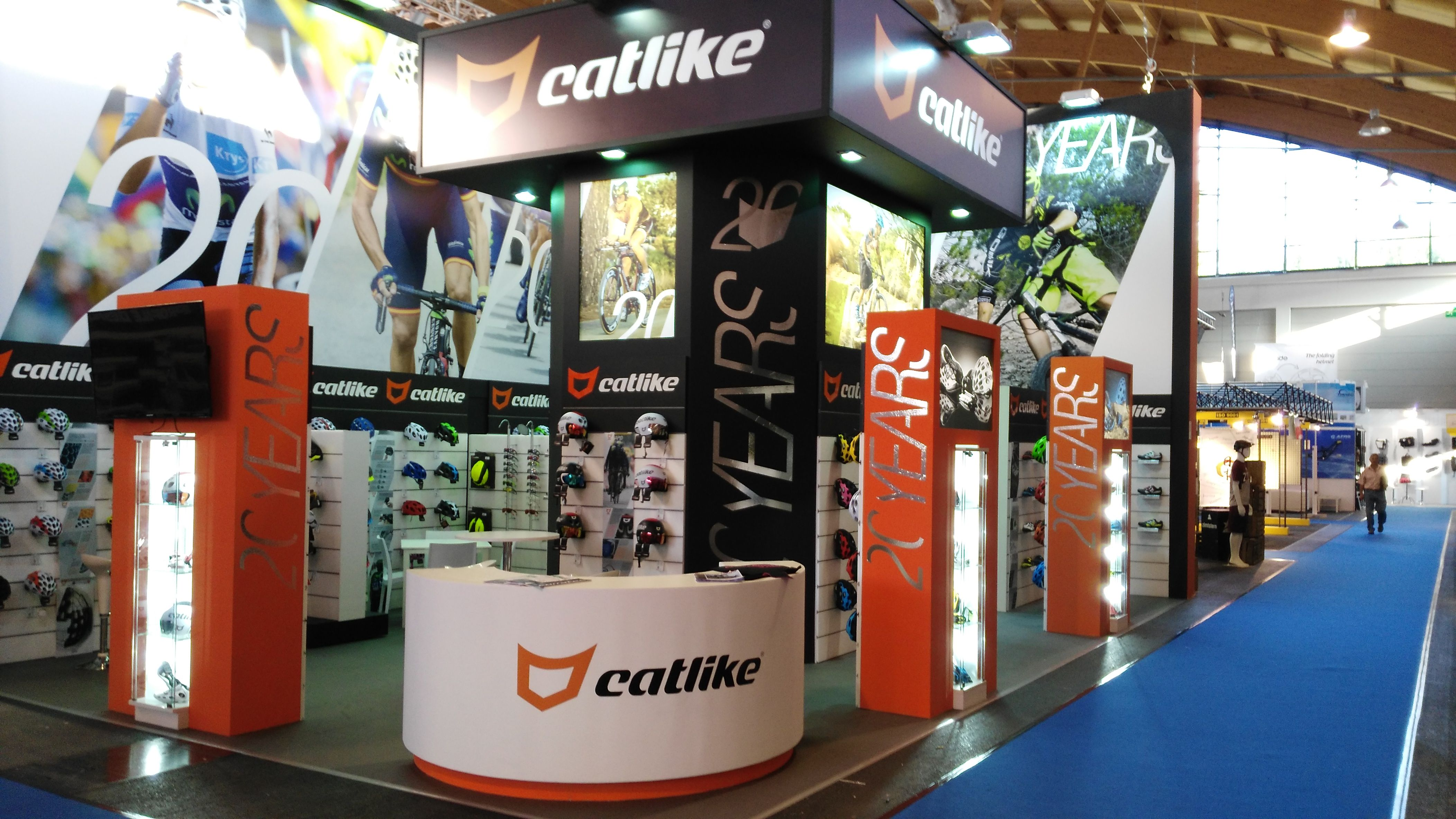 Trade Stands Hoys 2015 : Grupo alc developed three stand projects at eurobike
