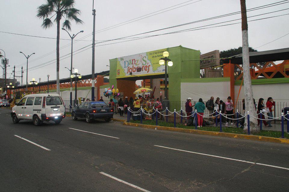 Ferias peru for Porticos sa