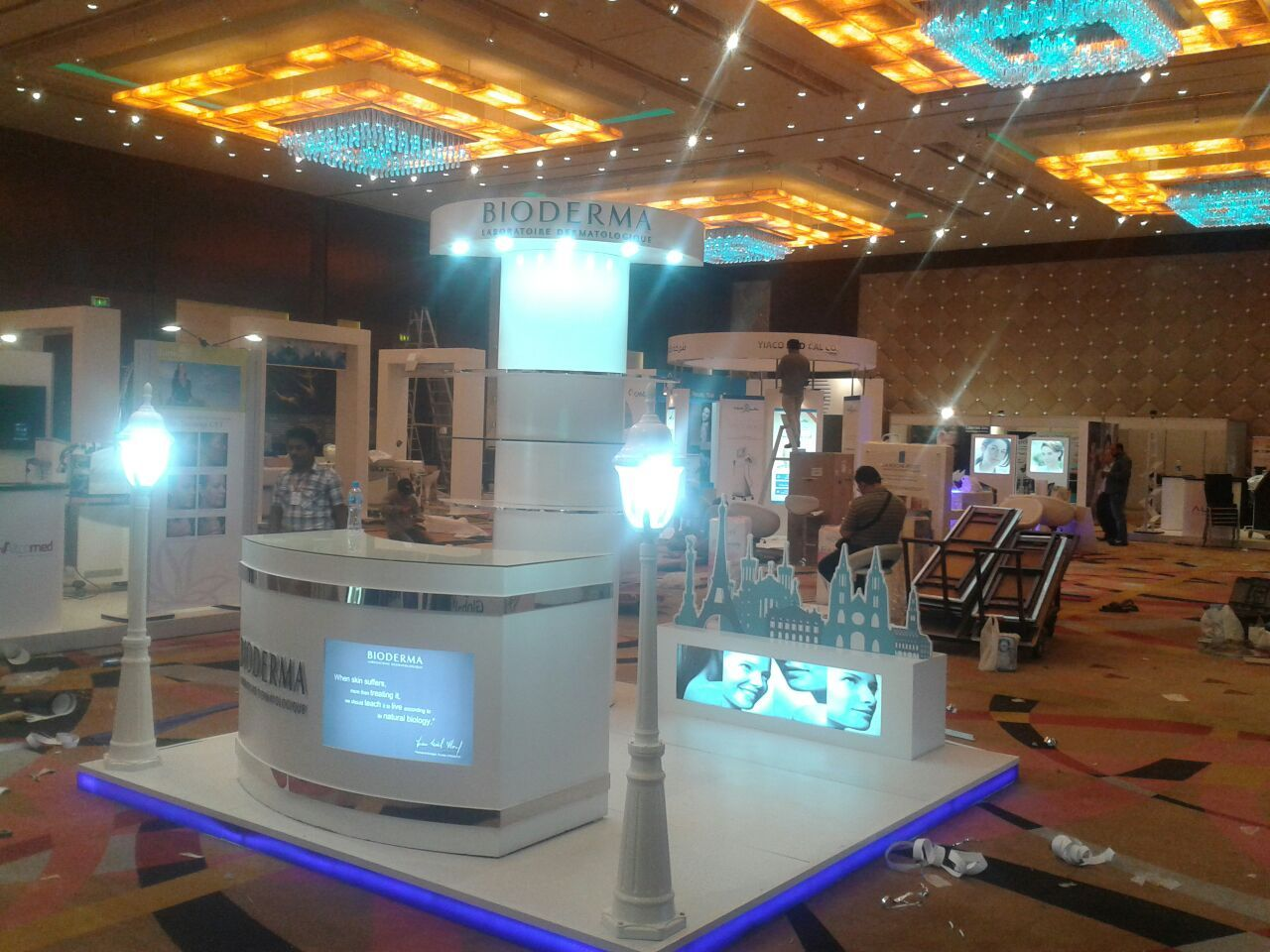 Exhibition Stand Installation : Smart power co design fabrication installation of