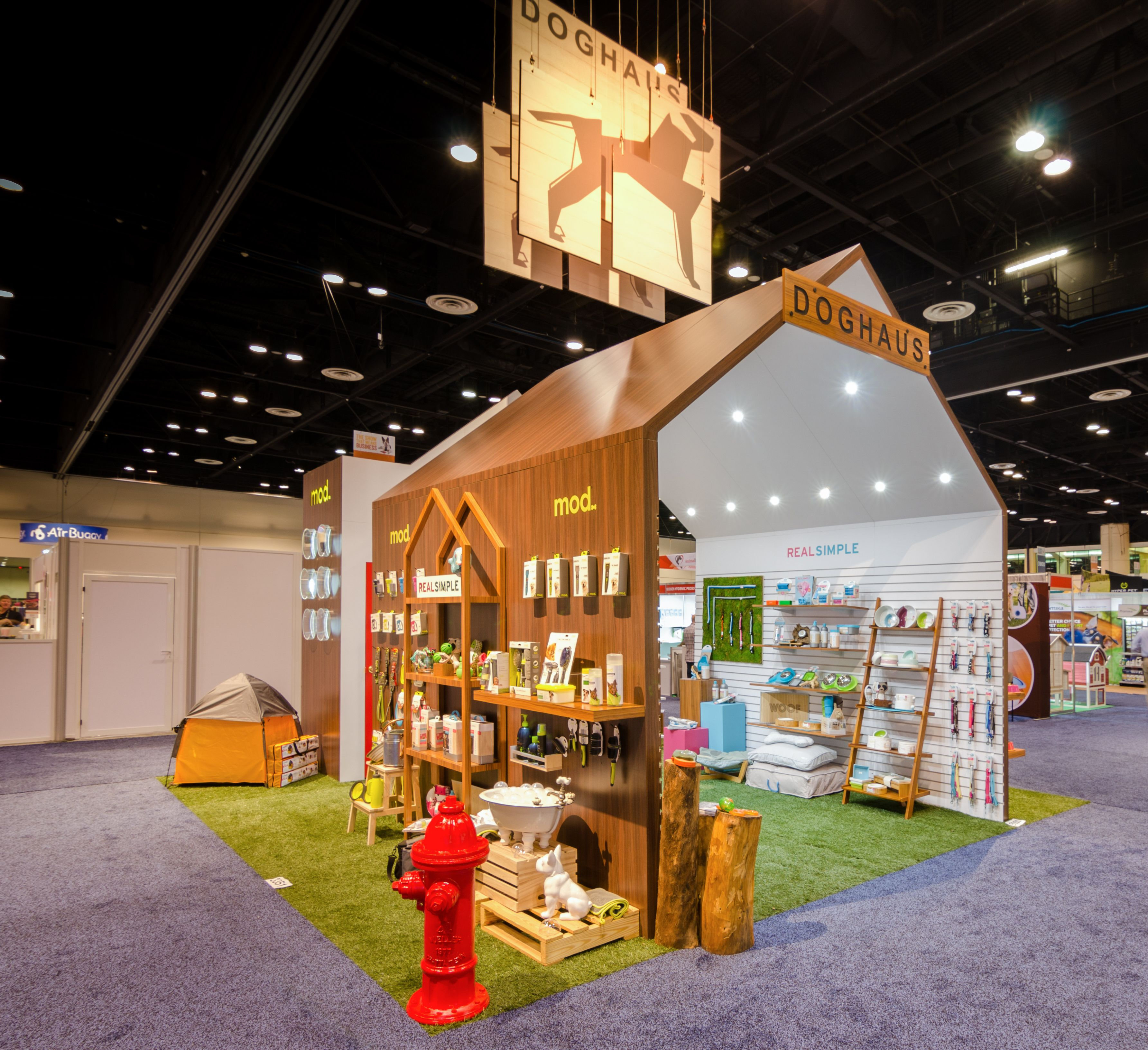 Custom Expo Stands : Global pet expo dog haus