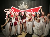 The Budweiser Angels. Modelos AAA en Shanghai