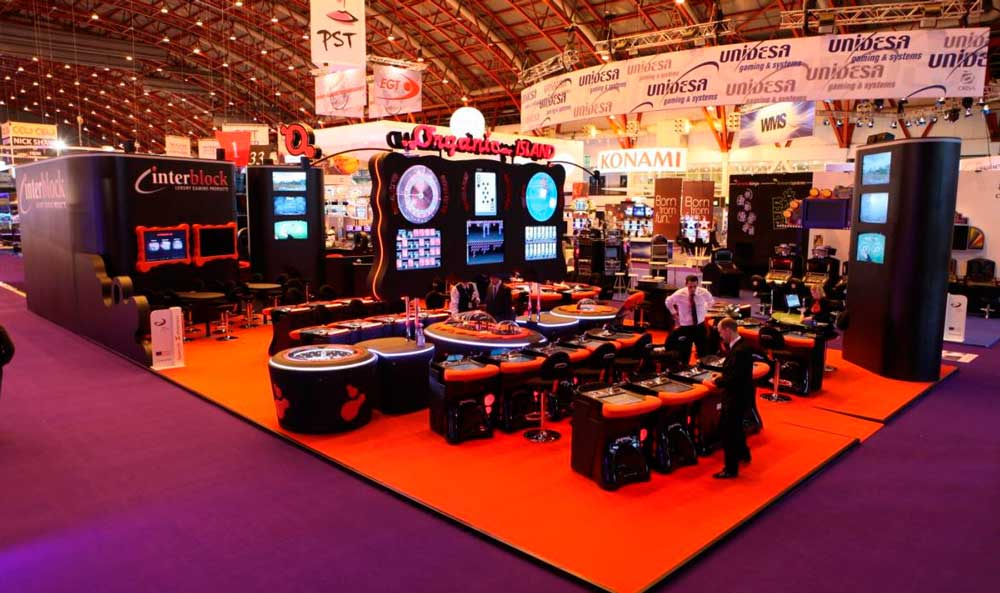 Exhibition Stand Games : Stands in ice totally gaming