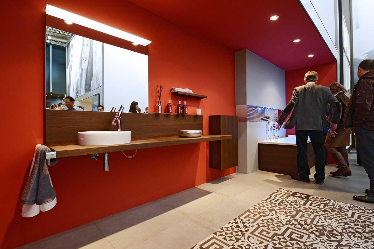 allestimento stand a francoforte. Black Bedroom Furniture Sets. Home Design Ideas