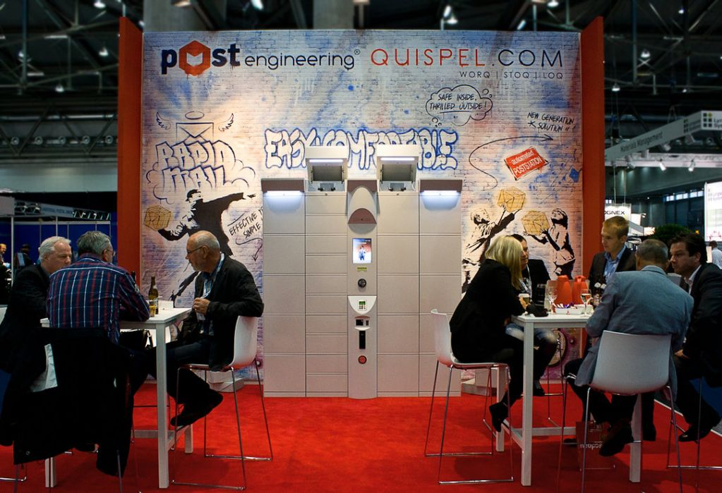 Post Expo Stand
