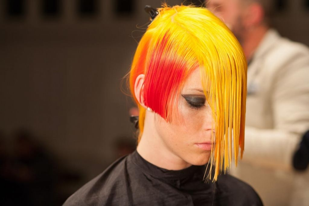 Salon London International Hair