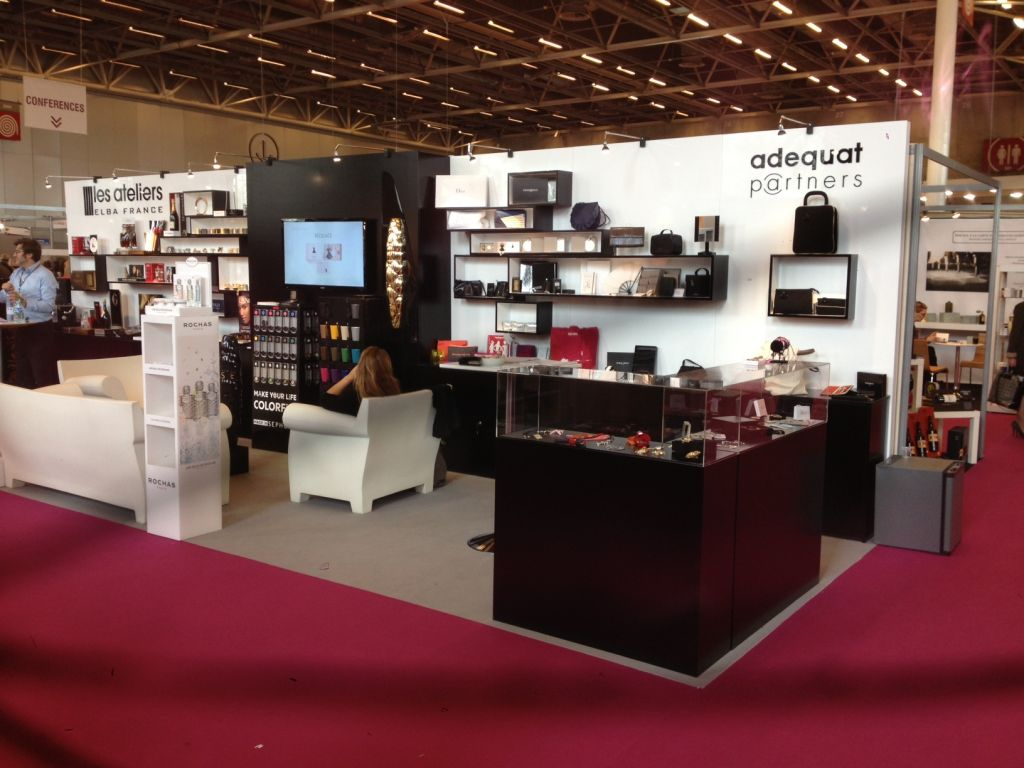 Packandgift Paris Stand