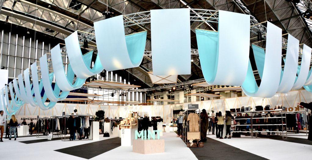 Mode Fabriek Stands3