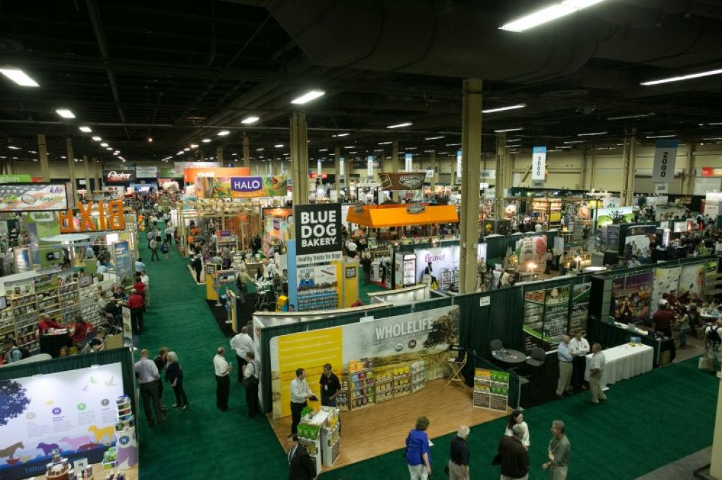Superzoo Exhibition Floor2
