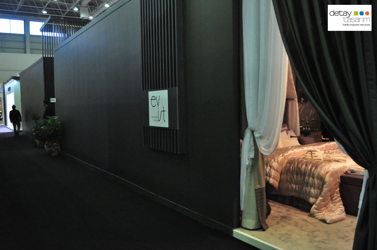 2,000 sqm of Furniture Exhibition Stand 7
