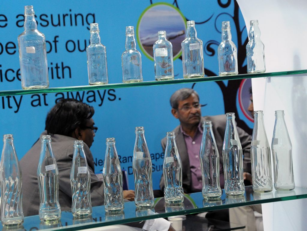 Glasspex India Stand Products