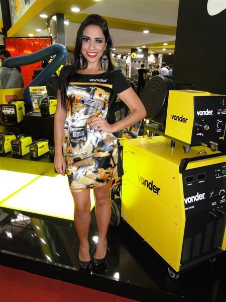 PROMOTORAS TOP LOOK NA FEICON 2015 8