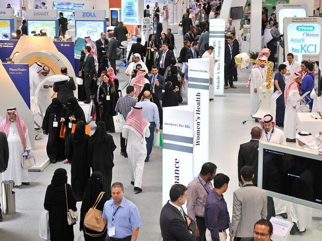 Saudihealth Stands2