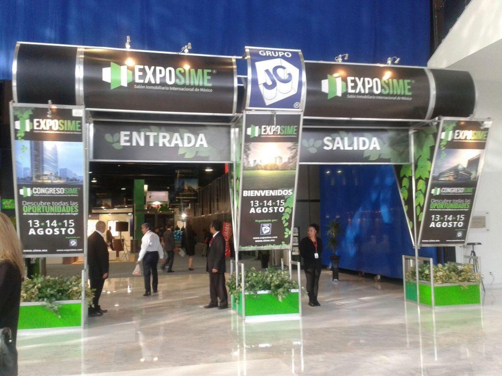 Exposime Stands Entrance Mexico