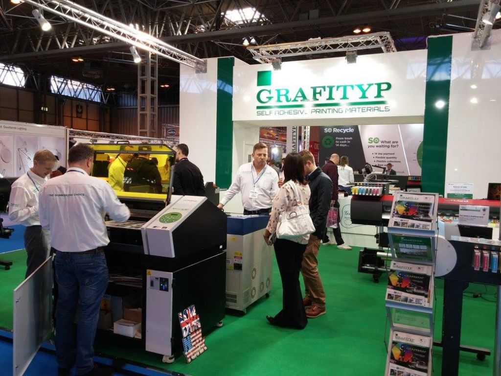Theprintshow Stands