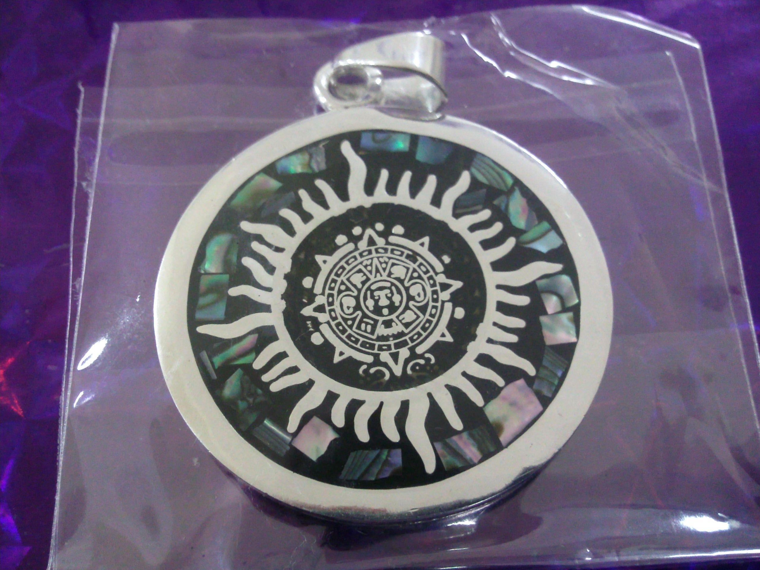 df6b2bb22274 ... ofreciendo la elaboración de joyas artesanales en alpaca enfocadas a la  cultura azteca. También contamos con plata