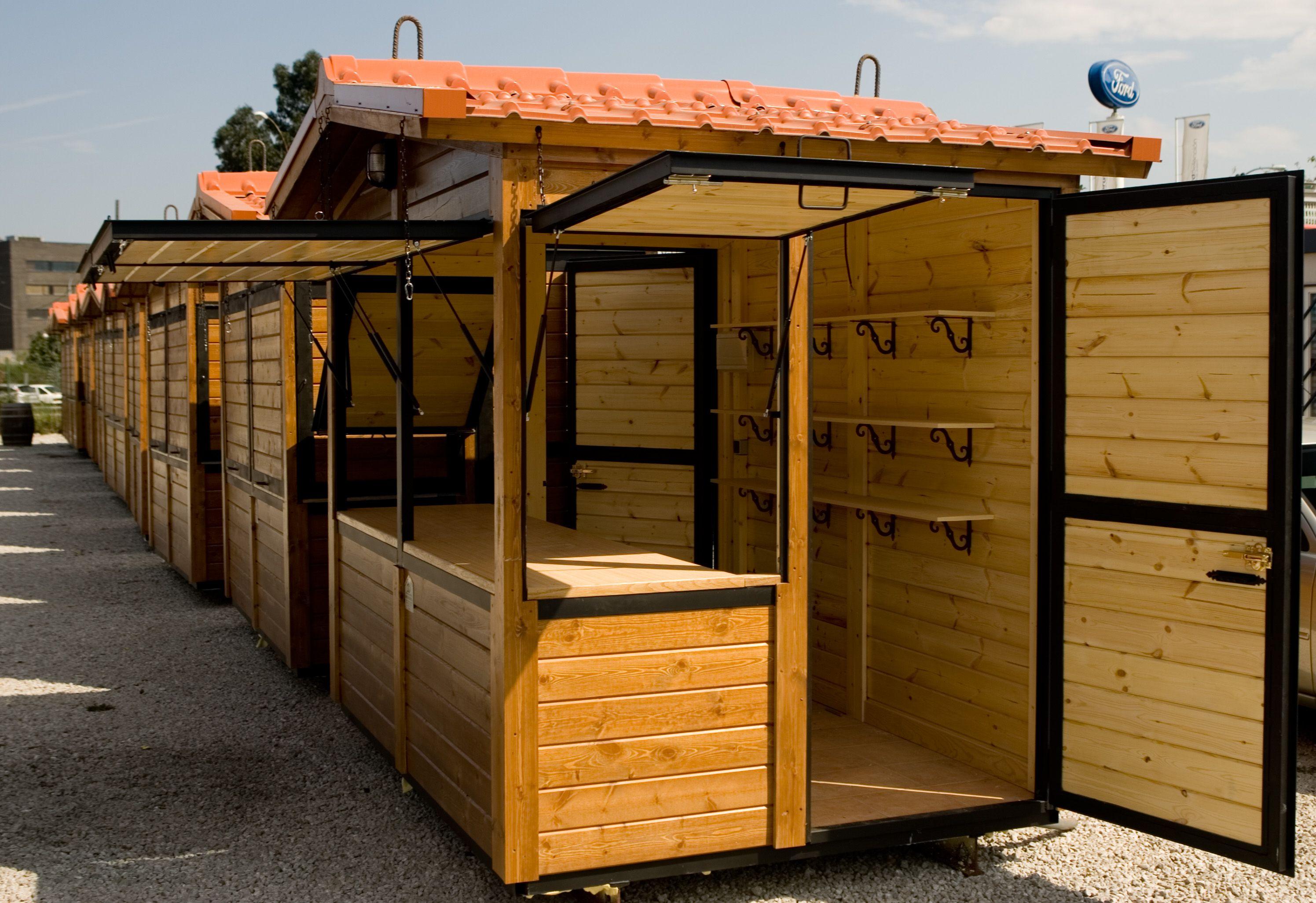 Promotora de eventos en exteriores for Diseno de kioscos en madera