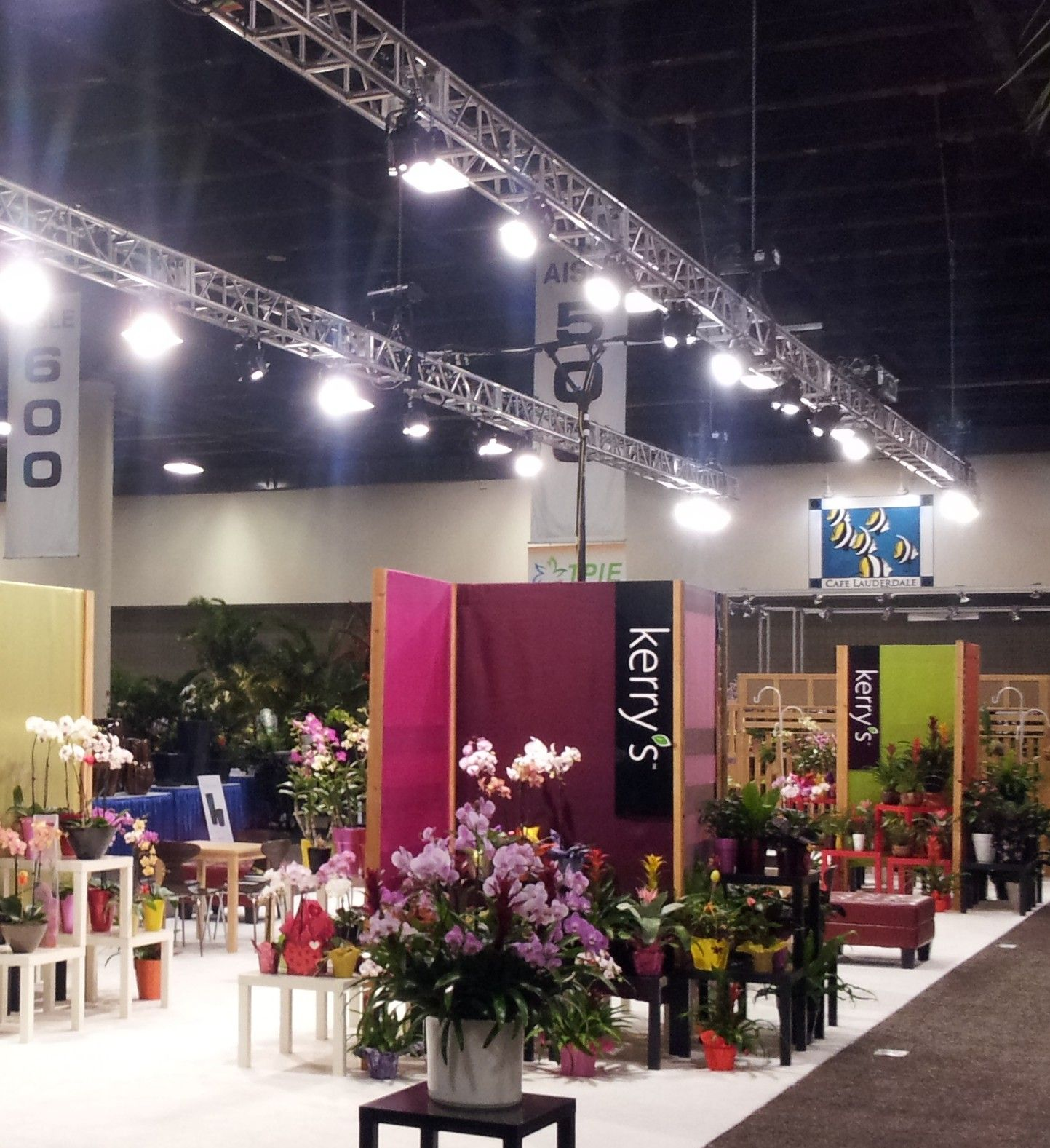 Exhibition Displays : Tpie tropical plant industry exhibition