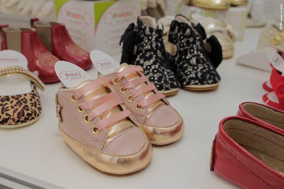 8650d9c306 Araçá Baby é uma marca que nasceu em Araçatuba SP e atualmente sua fábrica  de calçados e acessórios infantis está em Birigui SP.