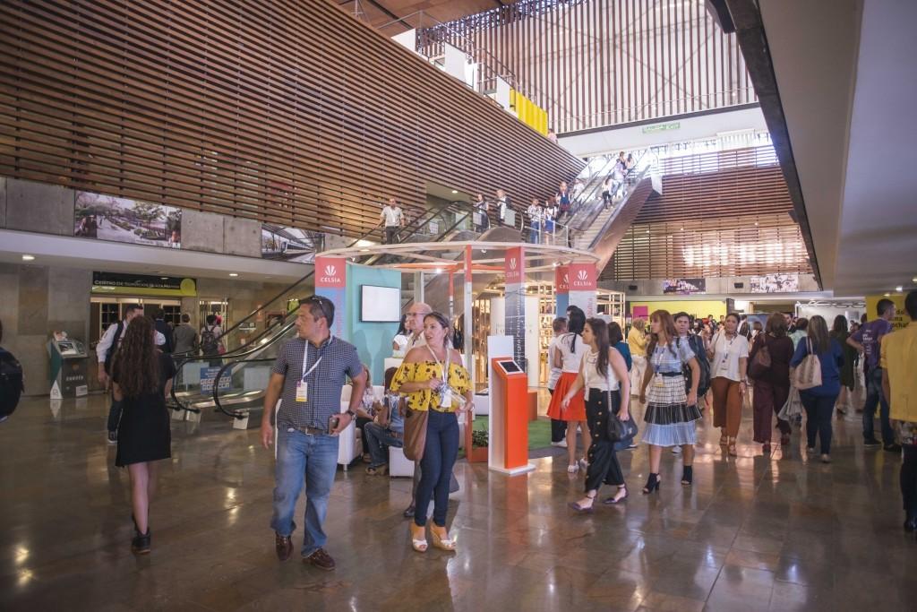 8fdec9bf91cf Colombiamoda ofrece 3 días de exposición con marcas y diseñadores  internacionales. ¿Cuál crees que es vuestro impacto en el país