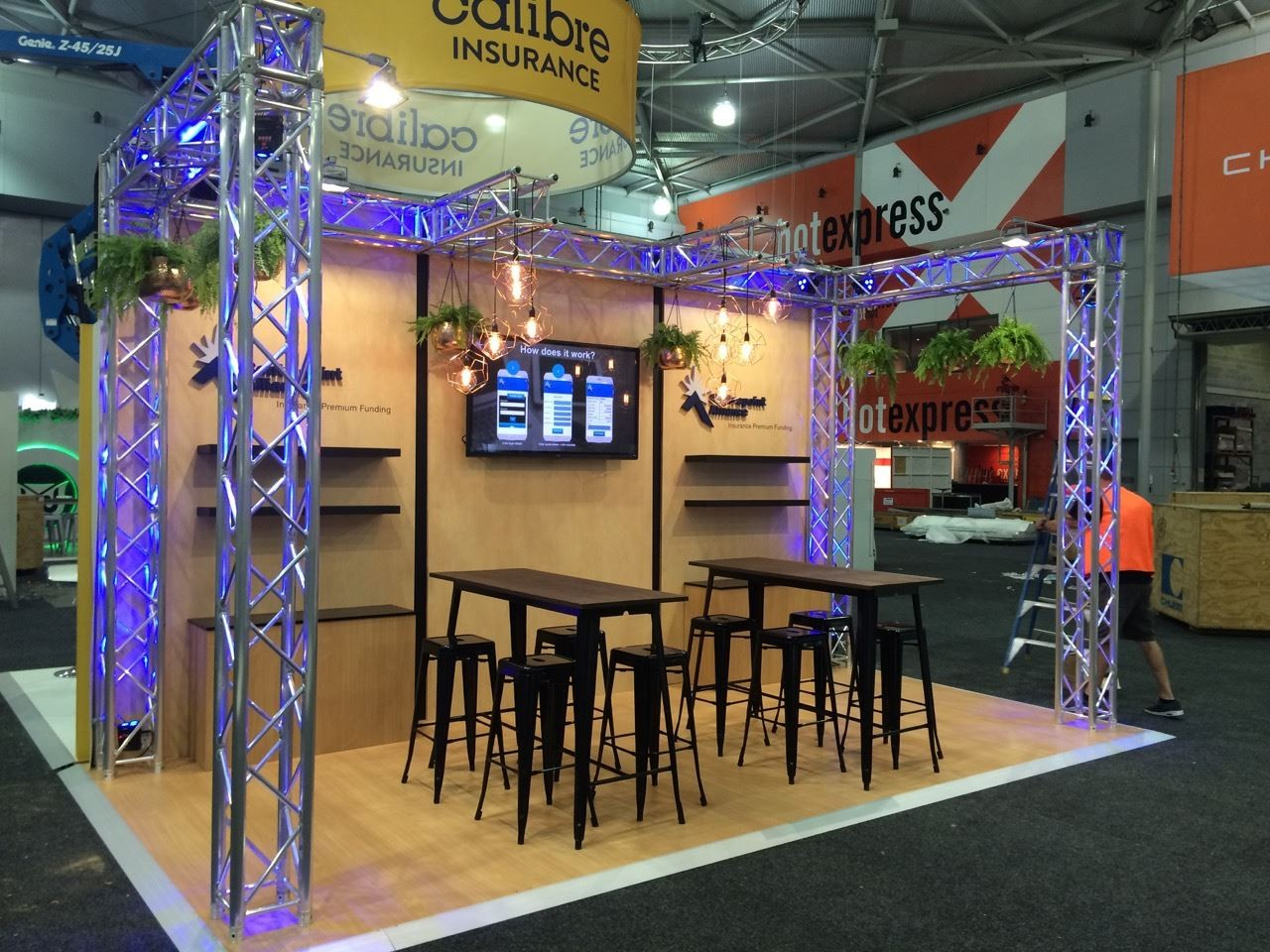 Exhibition Stand Truss : Mooving eventos