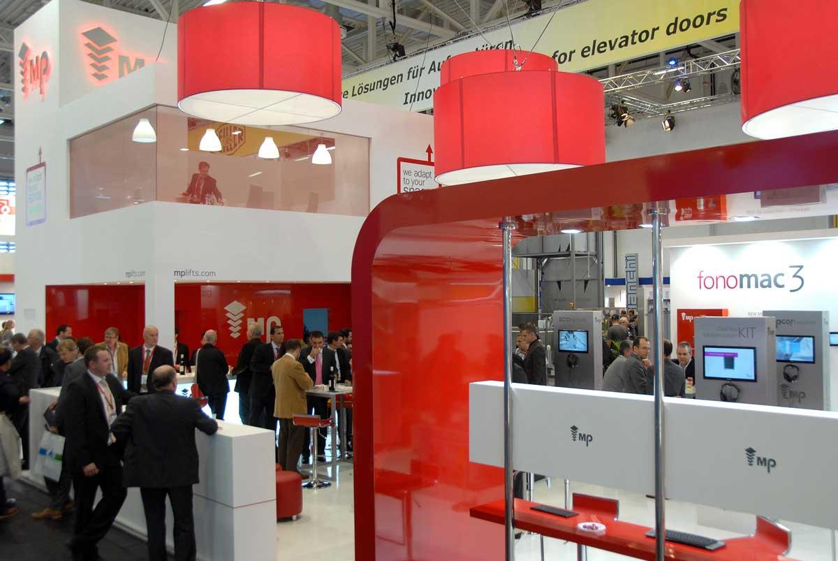 Exhibition Stand 2 Floor Intelift