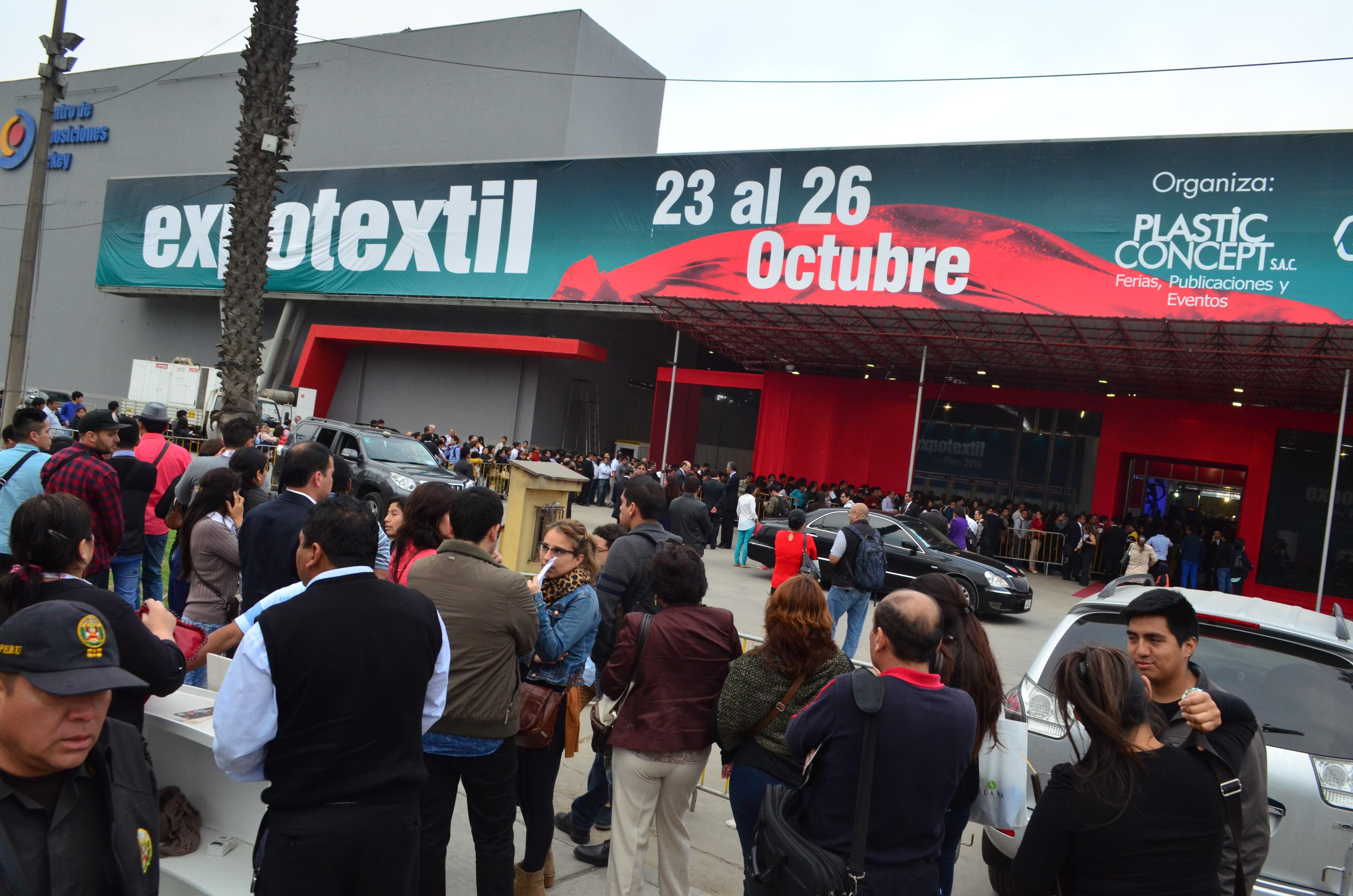 Stands en Expotextil Perú