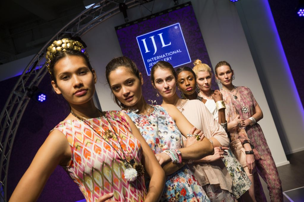 Ijl International Jewellery London Catwalk