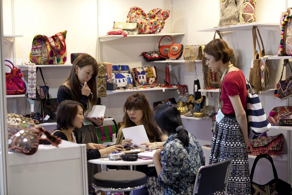 Fashion Access Hong Kong Stand Bags