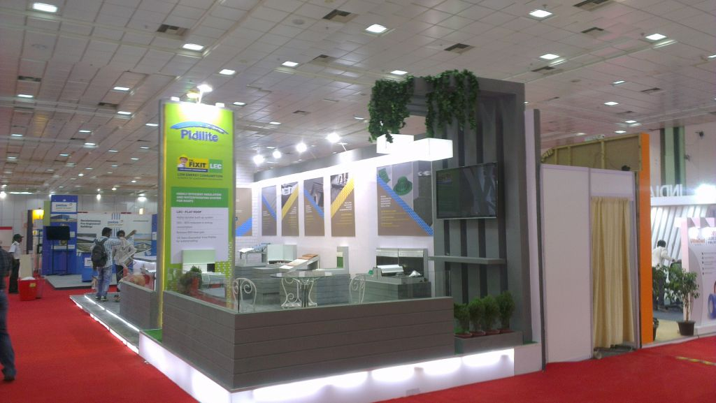 Roof India Stand