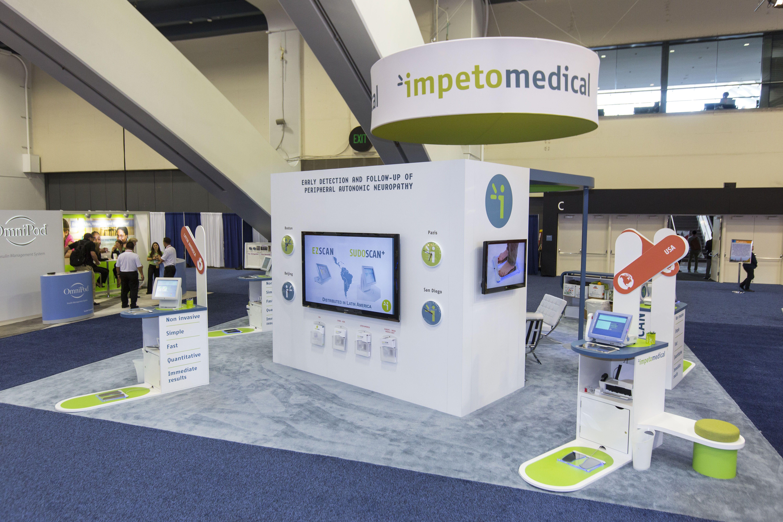 30x30 Custom Exhibit for Impeto Medical 2