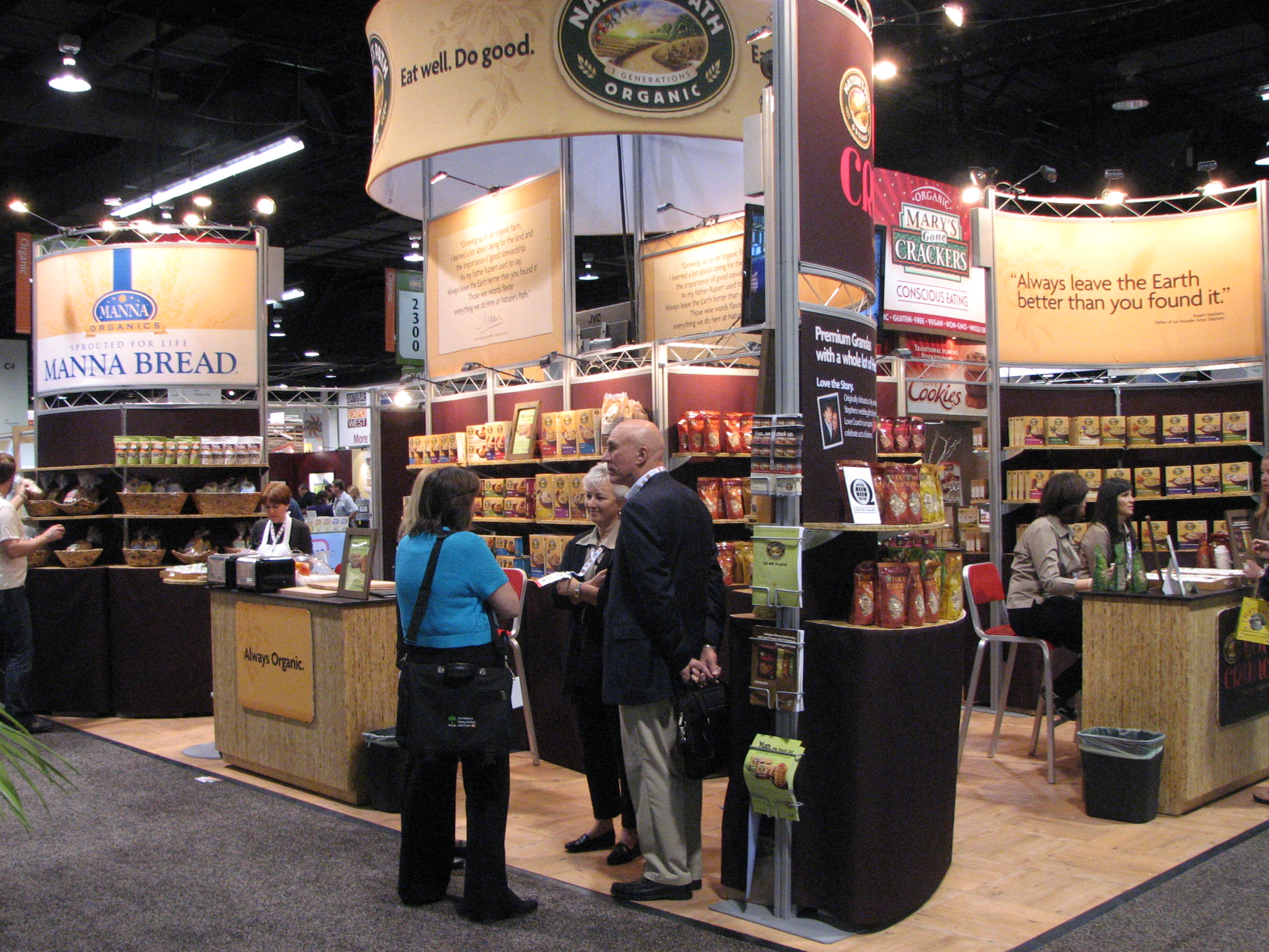 Natural Products Stands9