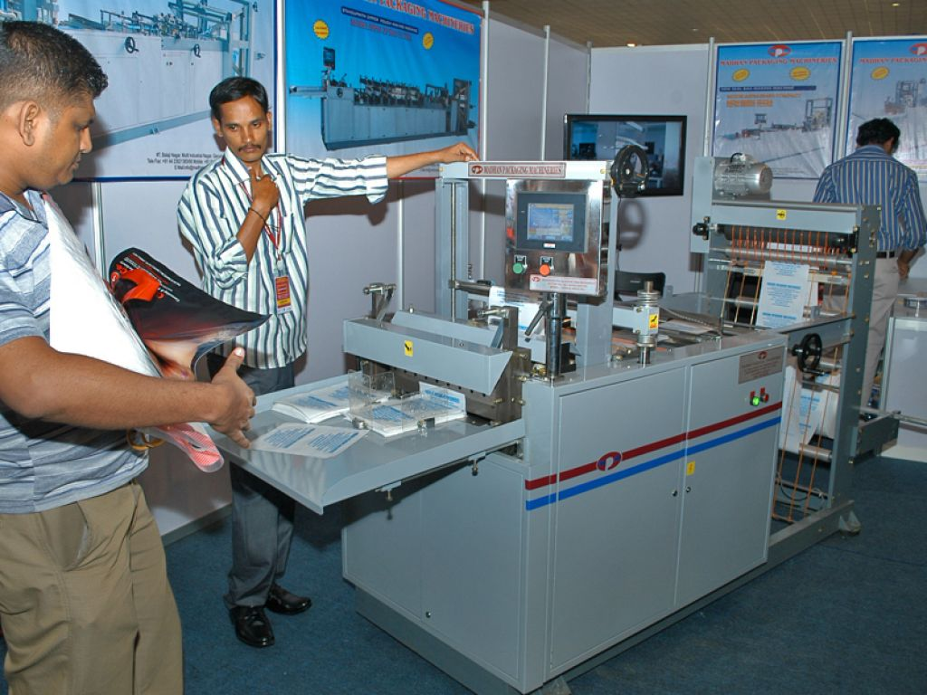 Sri Lanla Plast Stands1